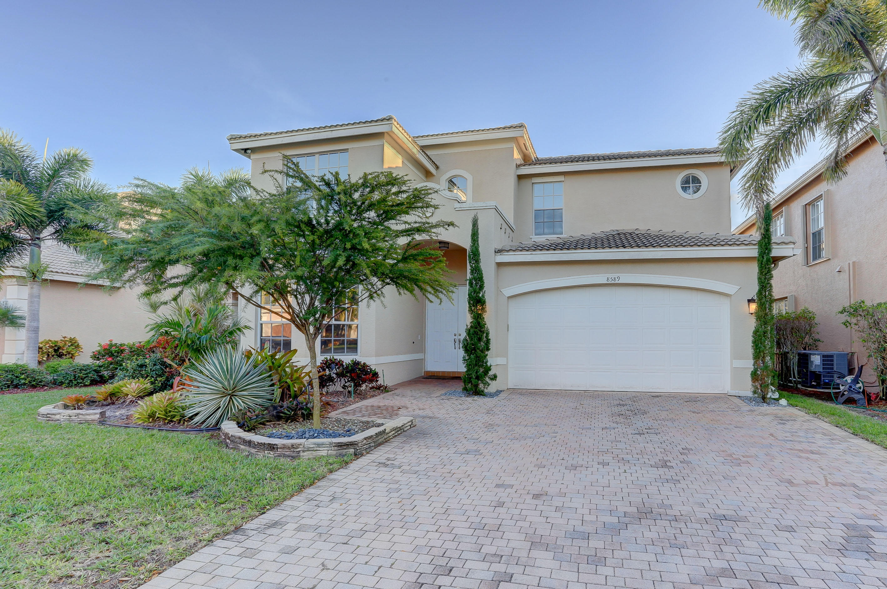 8589 Breezy Hill Drive Boynton Beach, FL 33437