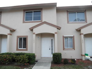 1807  Lakeview Drive  For Sale 10589442, FL
