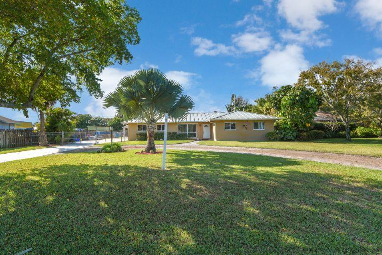 314 Akron Road Lake Worth, FL 33467 small photo 2