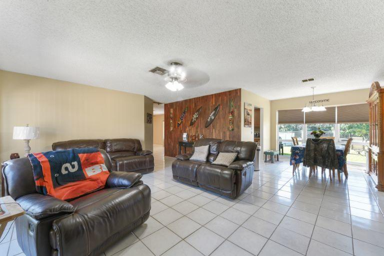 314 Akron Road Lake Worth, FL 33467 small photo 4