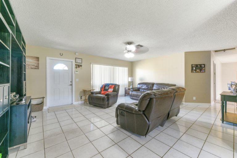 314 Akron Road Lake Worth, FL 33467 small photo 5
