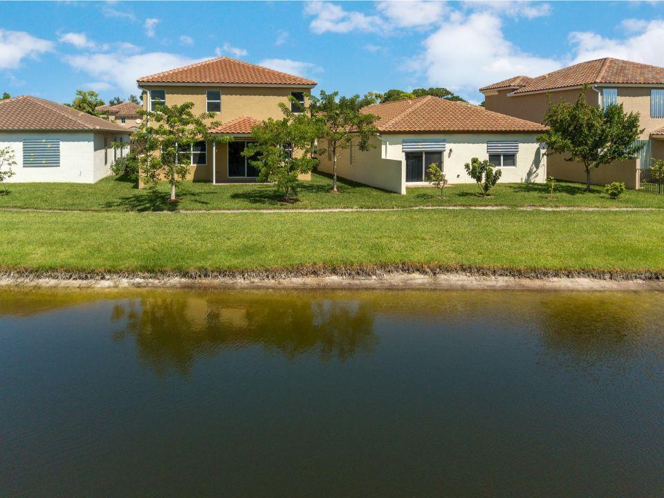 4778 Capital Drive Lake Worth, FL 33463 photo 25
