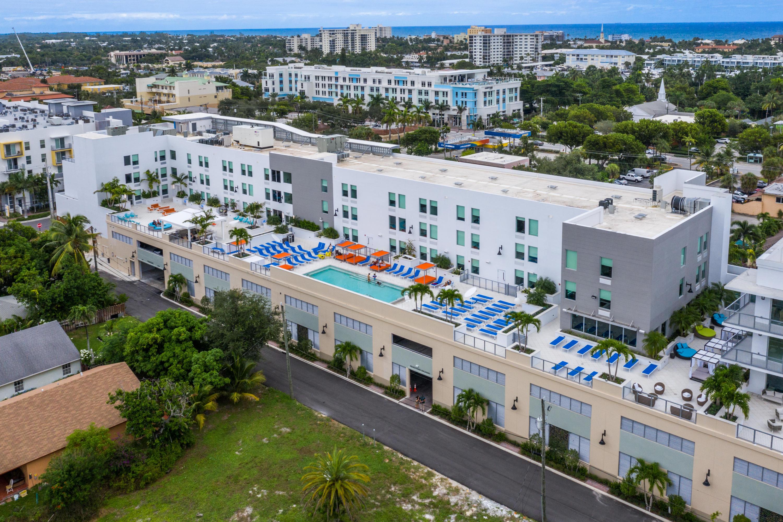 236 SE Fifth Avenue 204  Delray Beach, FL 33483