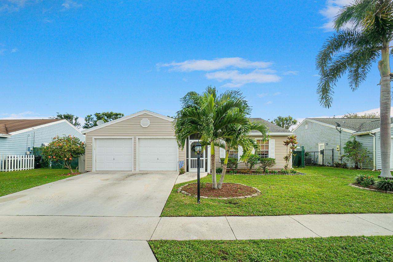 7863 Burlwood Lane Lake Worth, FL 33467