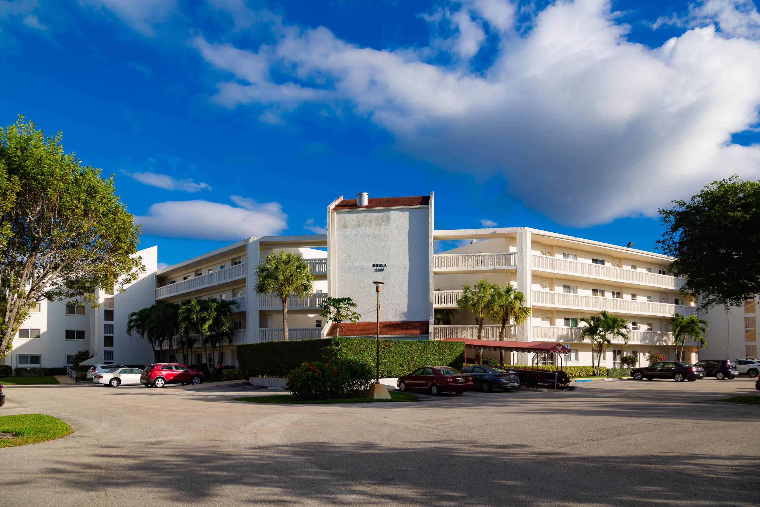 3326 Arcara Way 202 Lake Worth, FL 33467