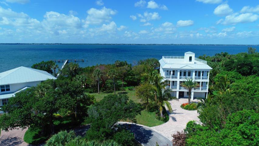 7651 Pelican Point - Jensen Beach, Florida