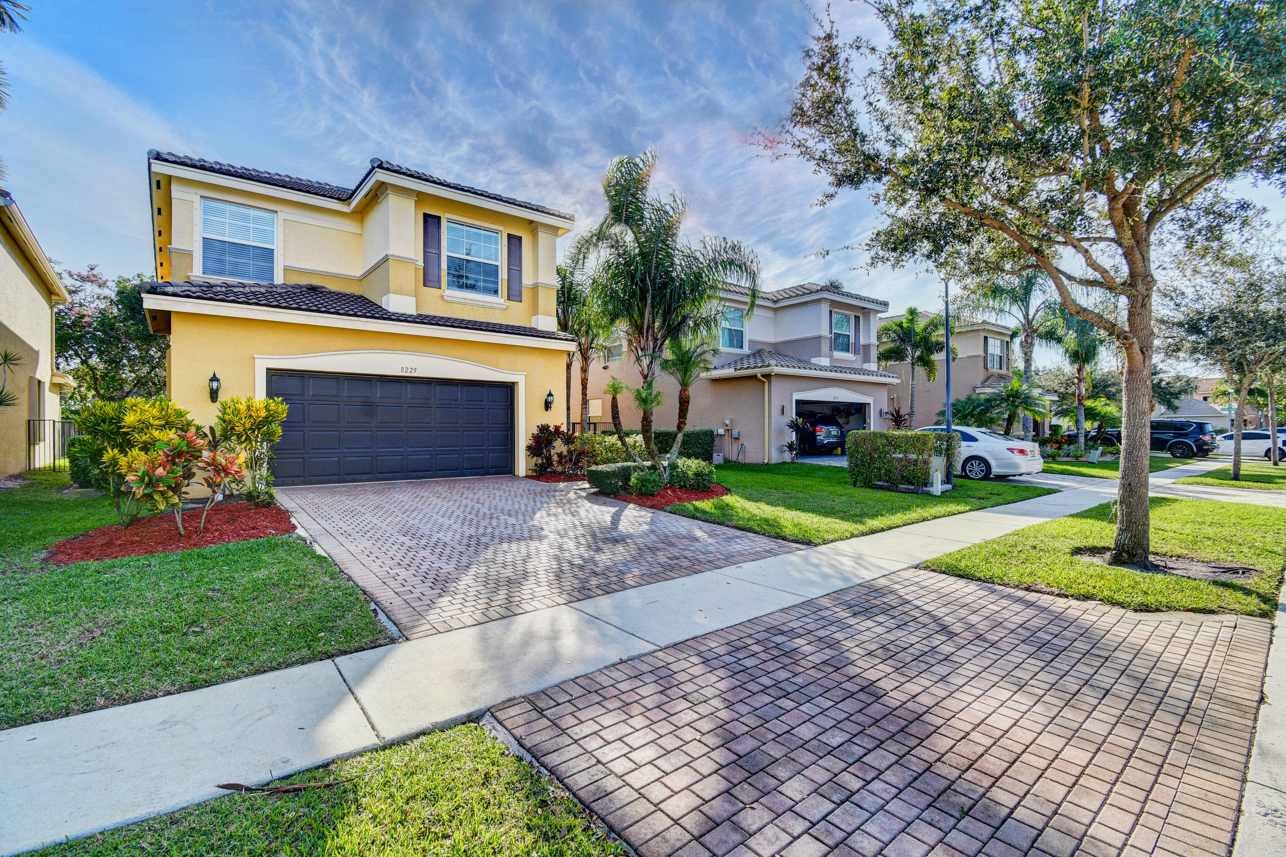 8225 Emerald Winds Circle Boynton Beach, FL 33473 photo 2