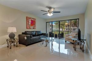 515  Brackenwood Place  For Sale 10590357, FL