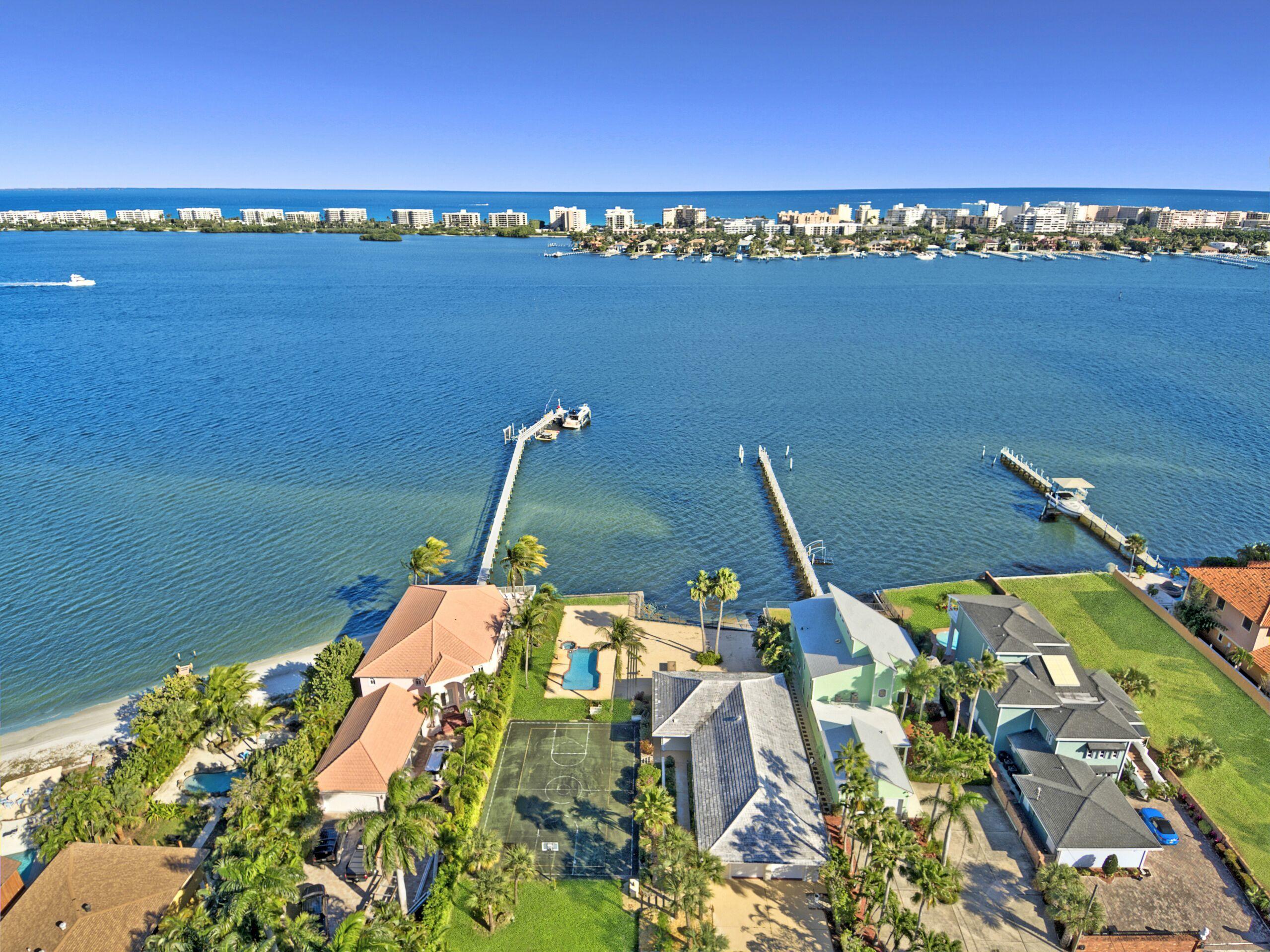 18 Intracoastal Way - Lake Worth, Florida