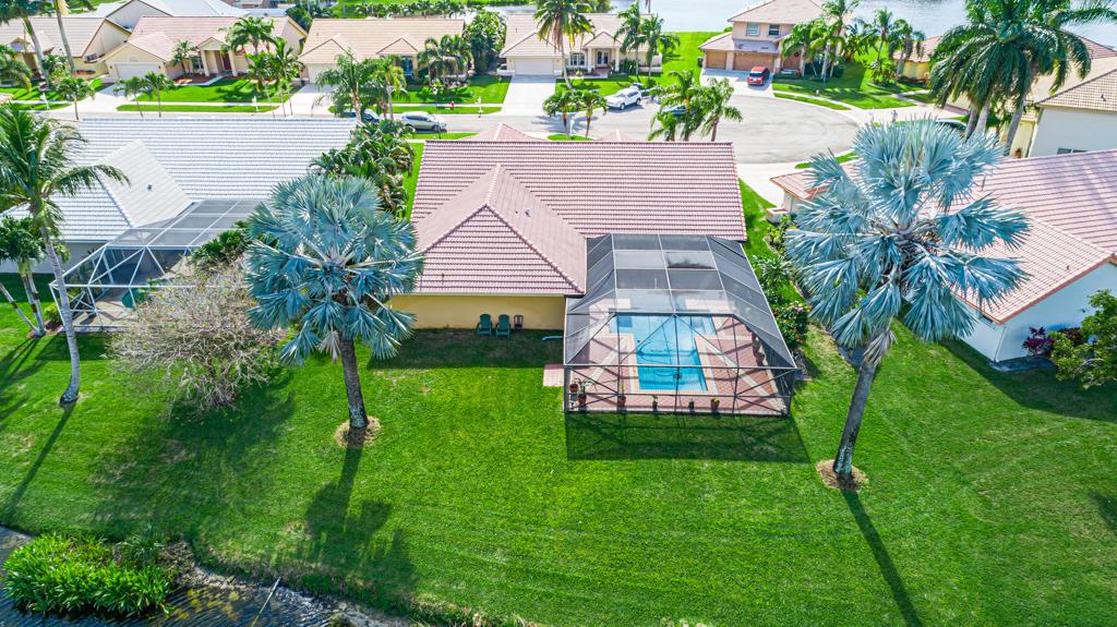 7061 Falcons Run Lake Worth, FL 33467 photo 4
