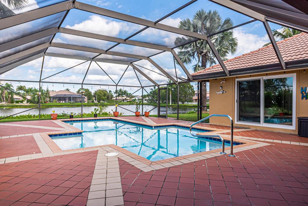 7061 Falcons Run Lake Worth, FL 33467 photo 21