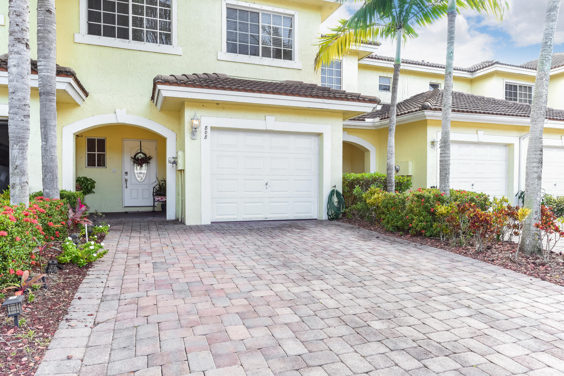 808 Imperial Lake Road West Palm Beach, FL 33413