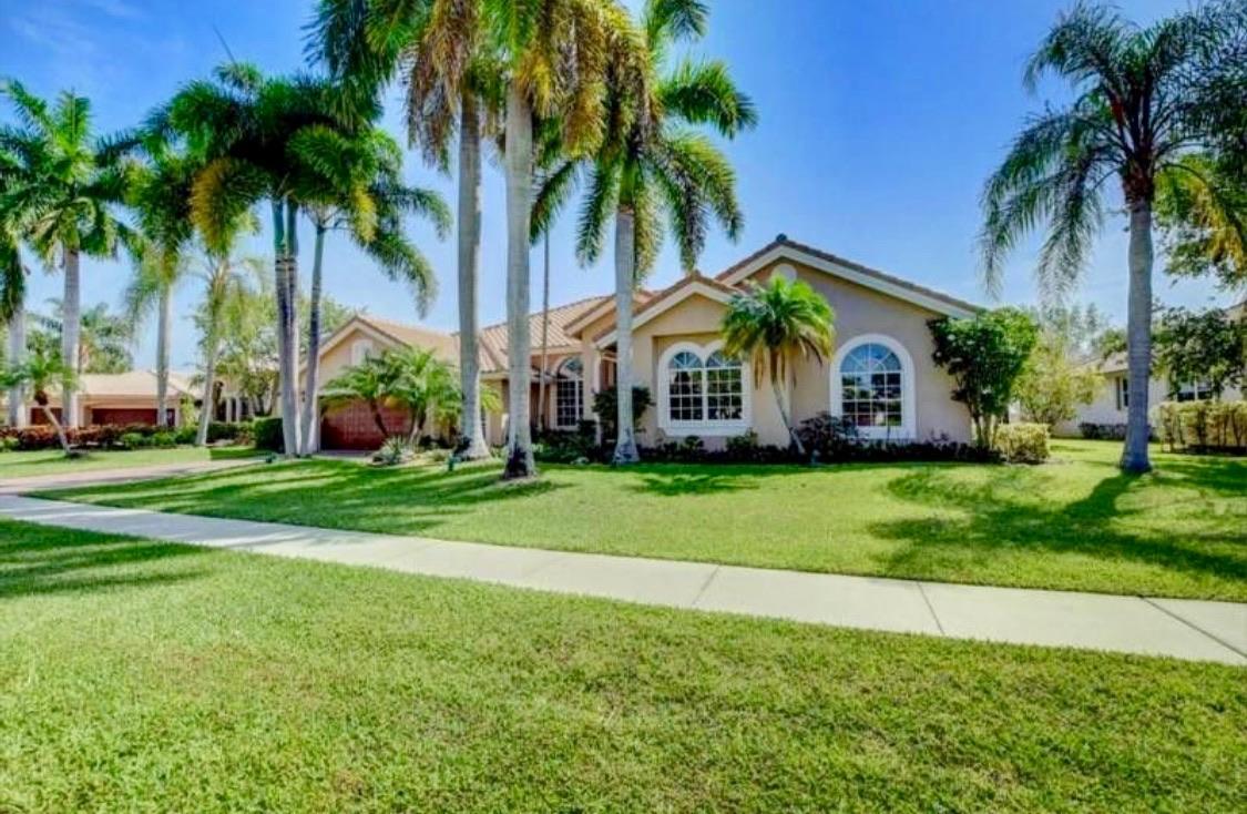 8192 Desmond Drive Boynton Beach, FL 33472