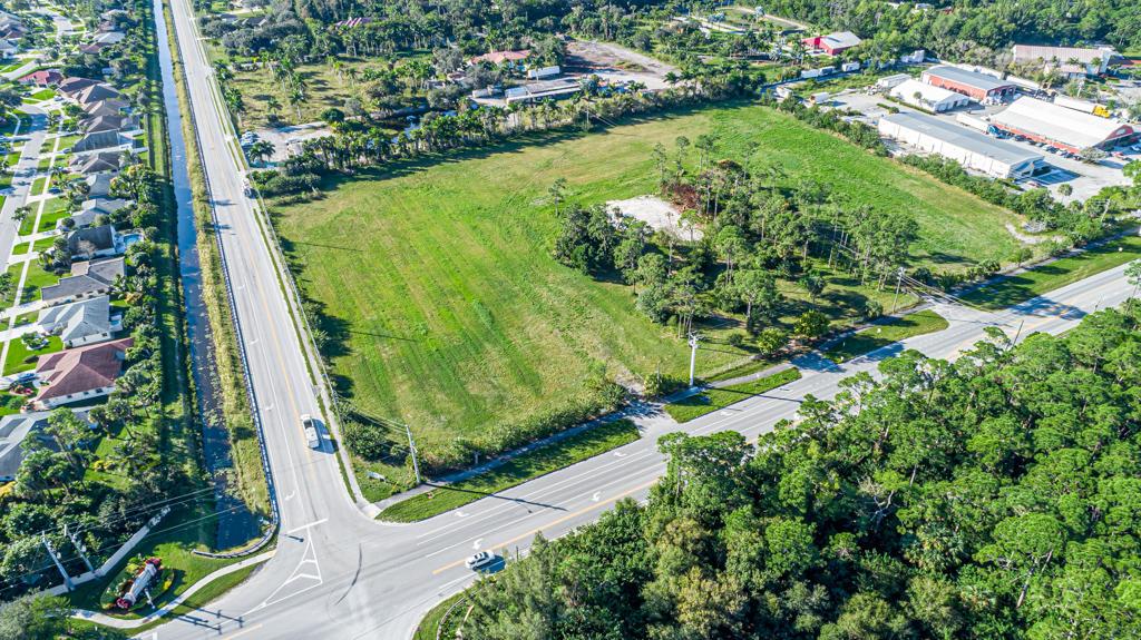 Home for sale in LOXAHATCHEE GROVES Loxahatchee Groves Florida