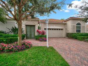 Property for sale at 108 Coral Cay Drive, Palm Beach Gardens,  Florida 33418
