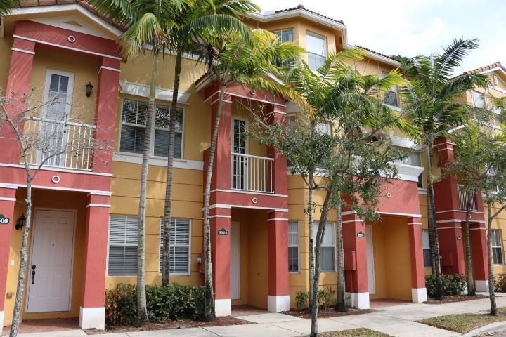 3505 Shoma Drive Royal Palm Beach, FL 33414