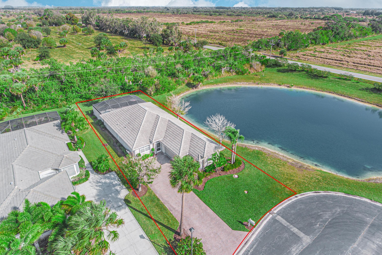 9479 Meadowood Drive Fort Pierce, FL 34951 photo 3