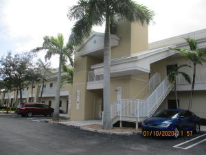 2711 N Vista Parkway 8 For Sale 10591859, FL