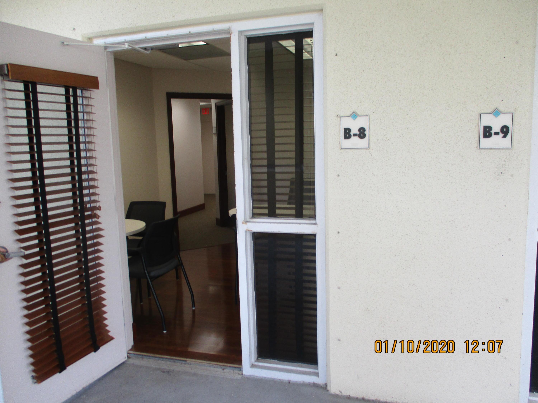 2711 N Vista Parkway 8 West Palm Beach, FL 33411 photo 8
