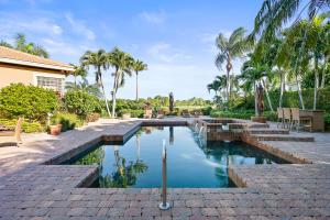 Property for sale at 188 Golf Village Boulevard, Jupiter,  Florida 33458