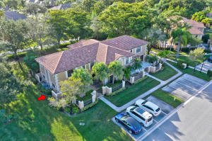 365  Prestwick Circle 2 For Sale 10592014, FL