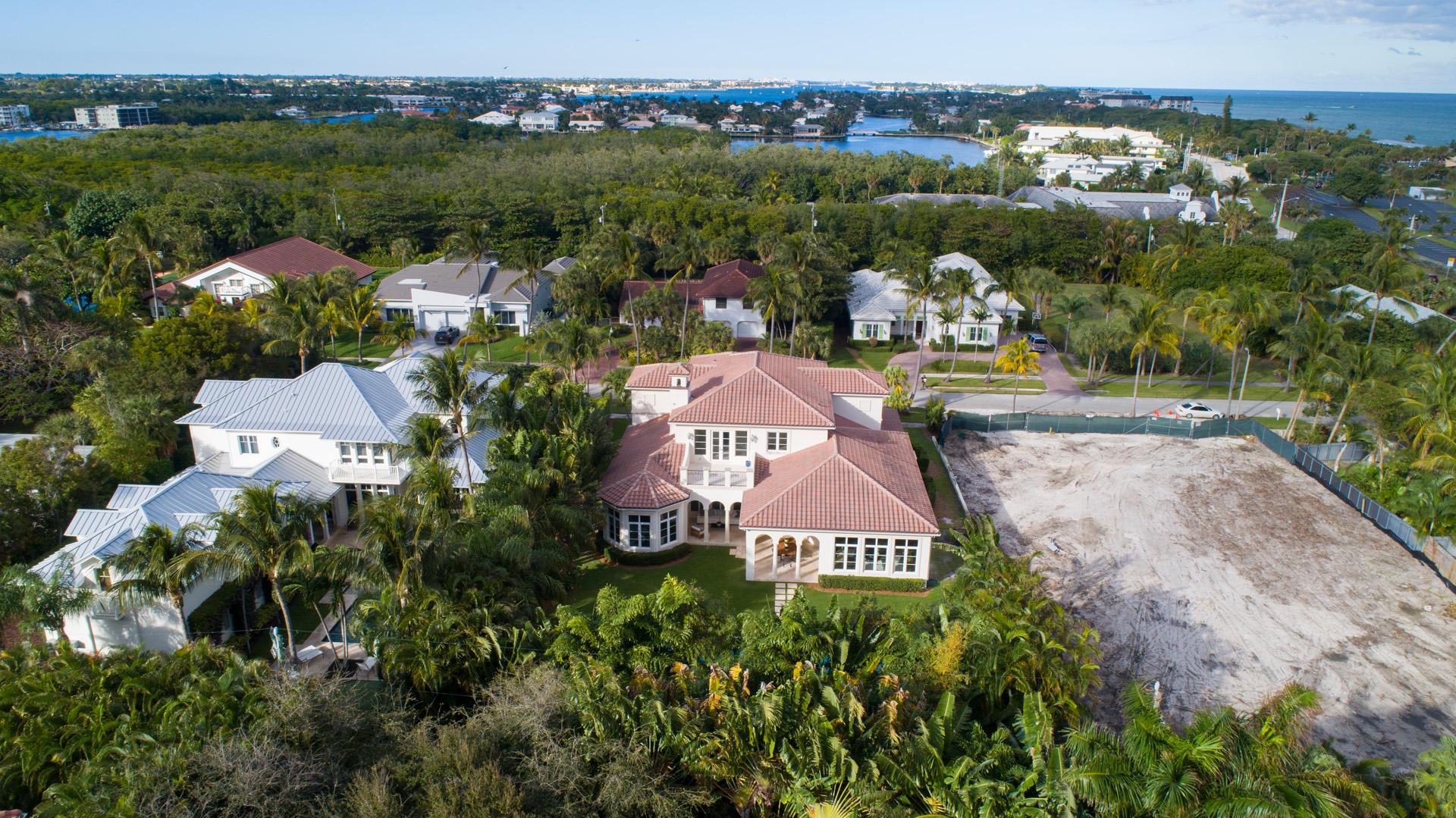 4 Coconut Lane, Ocean Ridge, Florida 33435, 5 Bedrooms Bedrooms, ,4.1 BathroomsBathrooms,Single Family Detached,For Sale,Coconut,RX-10588865