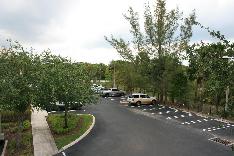 2761 Vista Parkway E11 West Palm Beach, FL 33411 photo 4