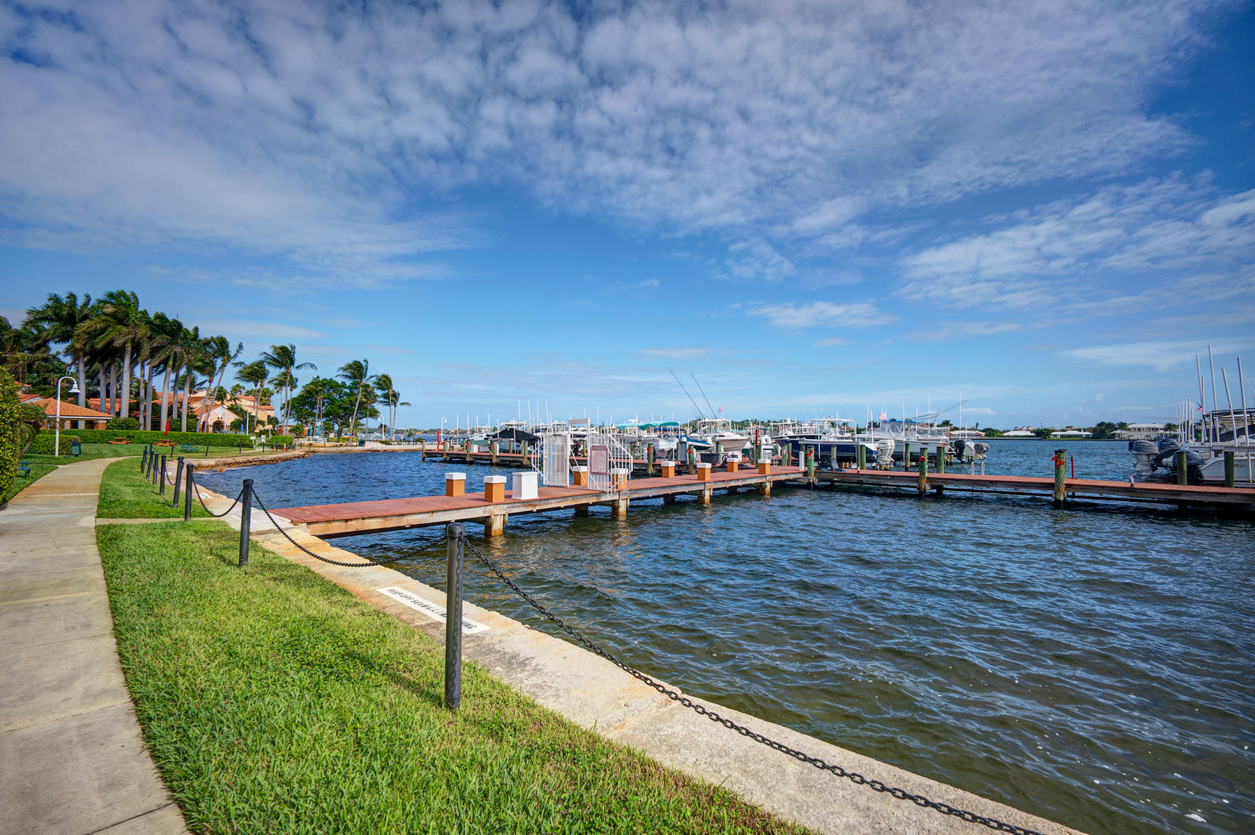 167 Yacht Club Way, Hypoluxo, Florida 33462, 2 Bedrooms Bedrooms, ,2 BathroomsBathrooms,Rental,For Rent,Yacht Club,RX-10591924