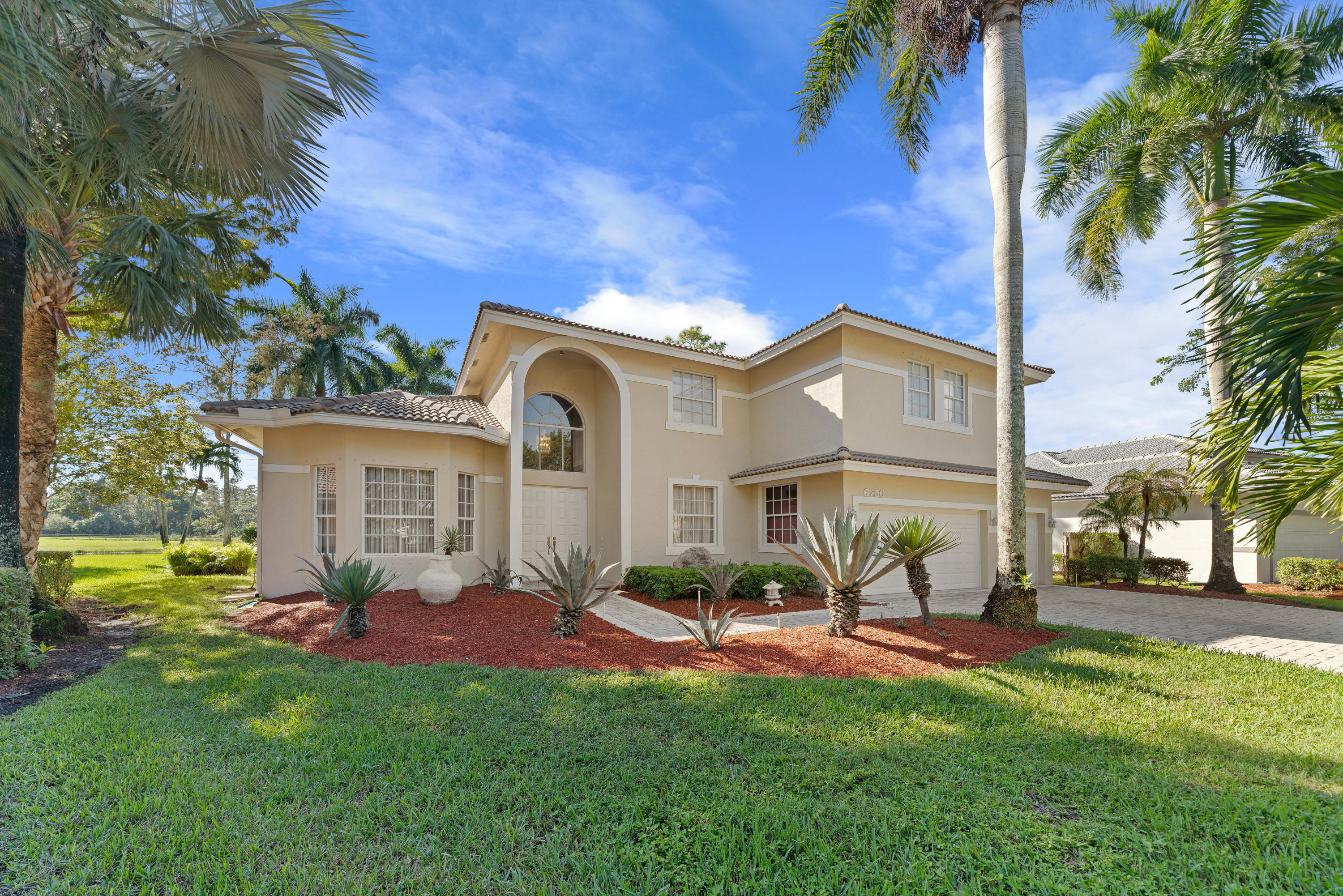 Home for sale in TURTLE RUN Coral Springs Florida