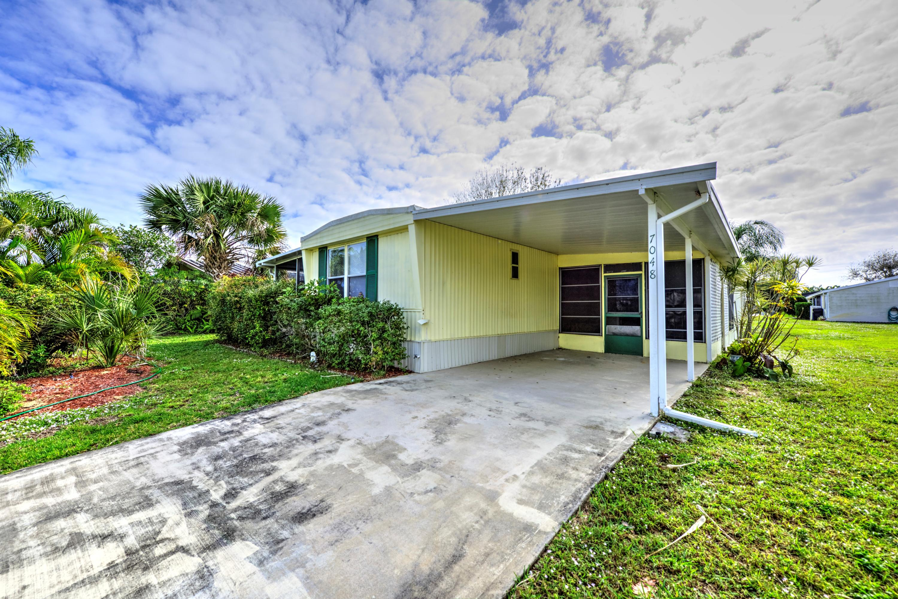 Home for sale in Heritage Ridge South At Cambridge Hobe Sound Florida