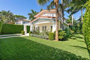 225  Seaspray Avenue  For Sale 10592713, FL
