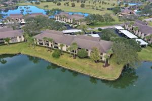 2  Plantation Drive 201 For Sale 10592312, FL