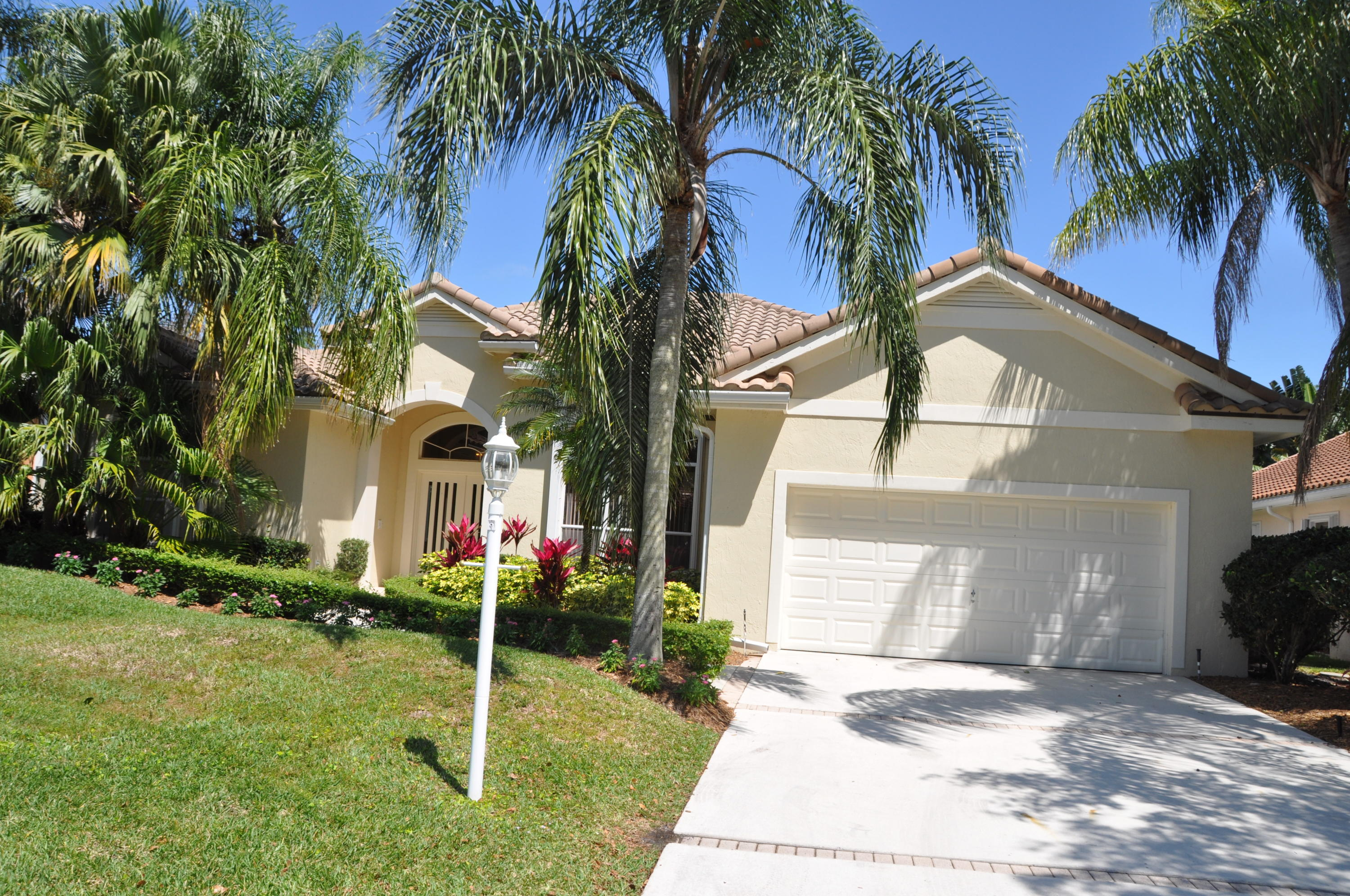 44 Cayman Place, Palm Beach Gardens, Florida 33418, 3 Bedrooms Bedrooms, ,3 BathroomsBathrooms,F,Single family,Cayman,RX-10592409