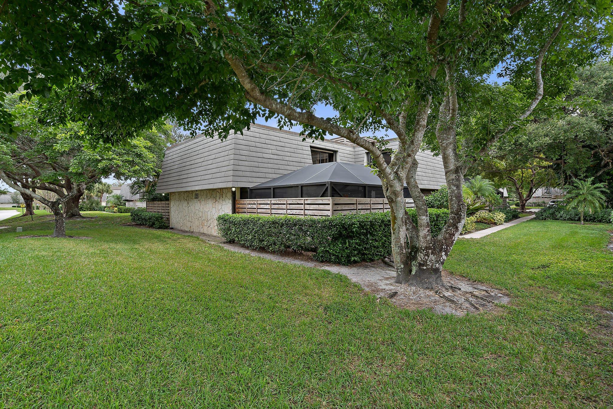 New Home for sale at 720 7th Terrace in Palm Beach Gardens