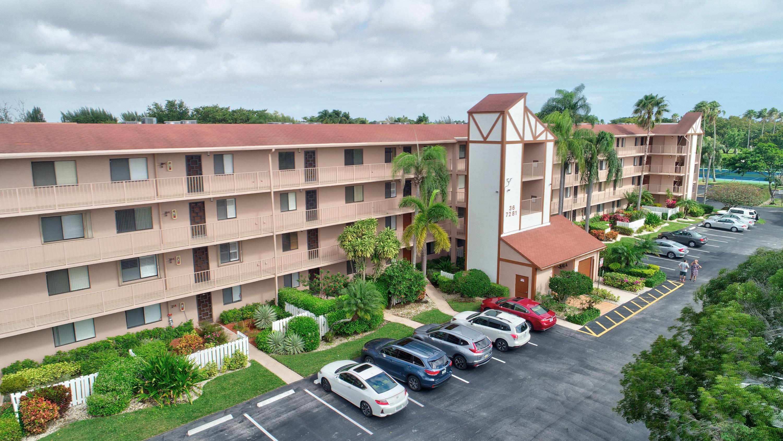 Home for sale in HUNTINGTON LAKES SEC FOUR CONDOS Delray Beach Florida