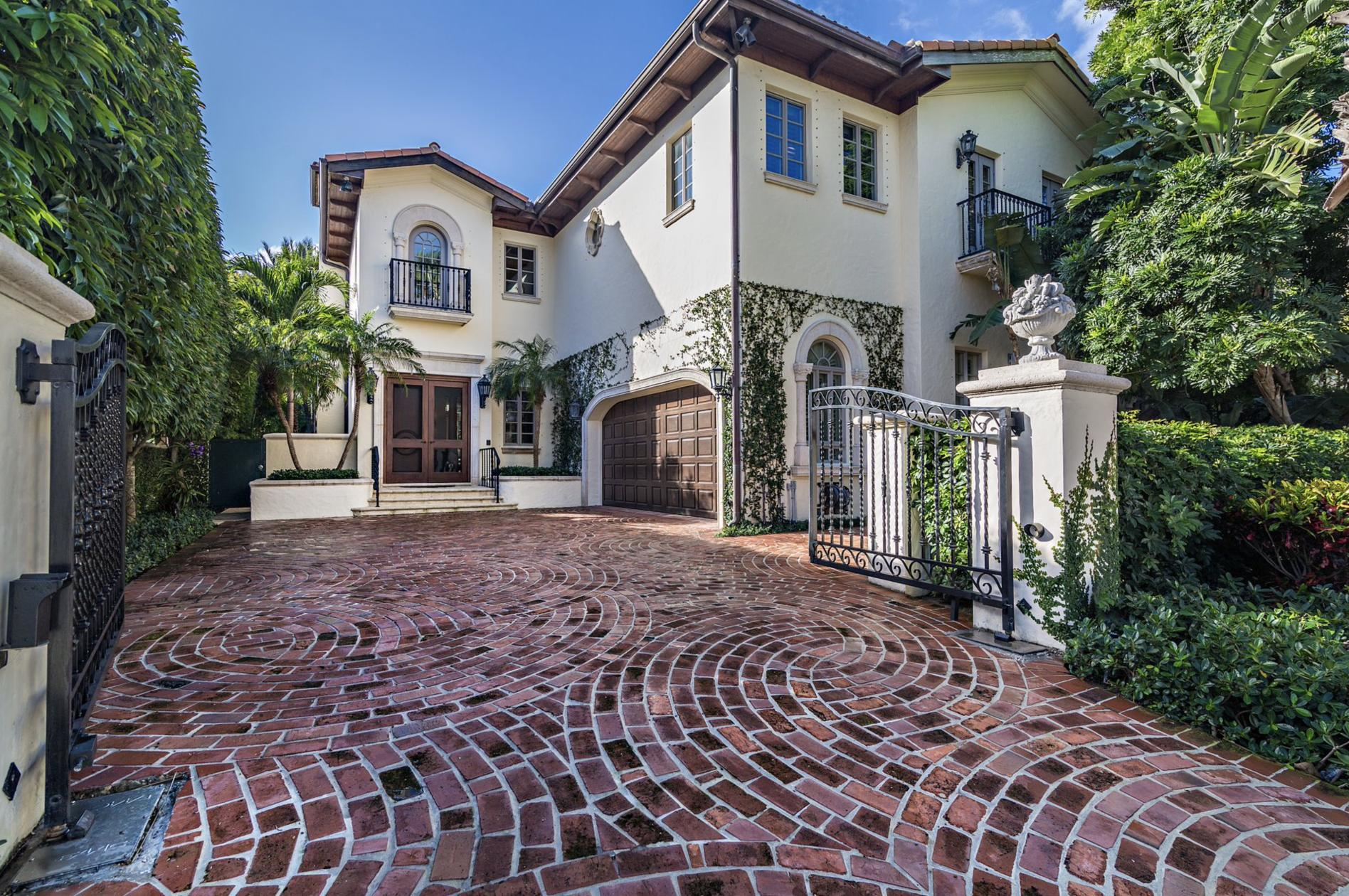 444 Brazilian Avenue - Palm Beach, Florida