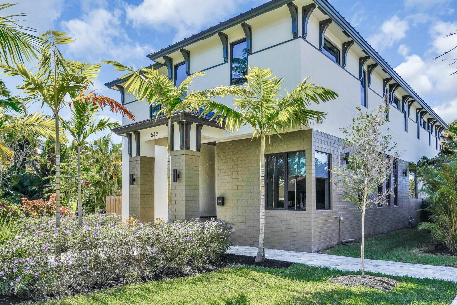 Photo of 549 NE 10th Avenue, Fort Lauderdale, FL 33301