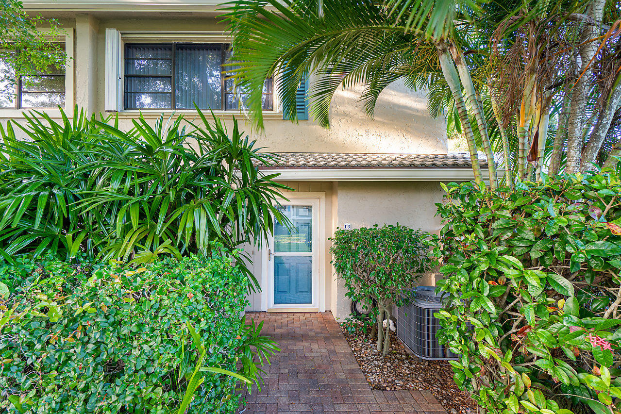 13 Westgate Lane 13 C Boynton Beach, FL 33436