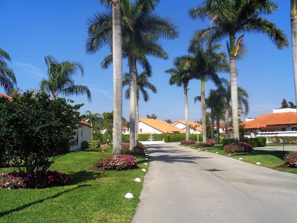 13545 Fountain View Boulevard Wellington, FL 33414