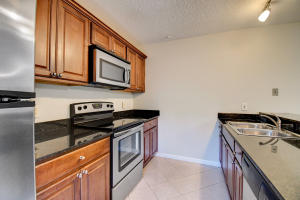 729  7th Way  For Sale 10592976, FL