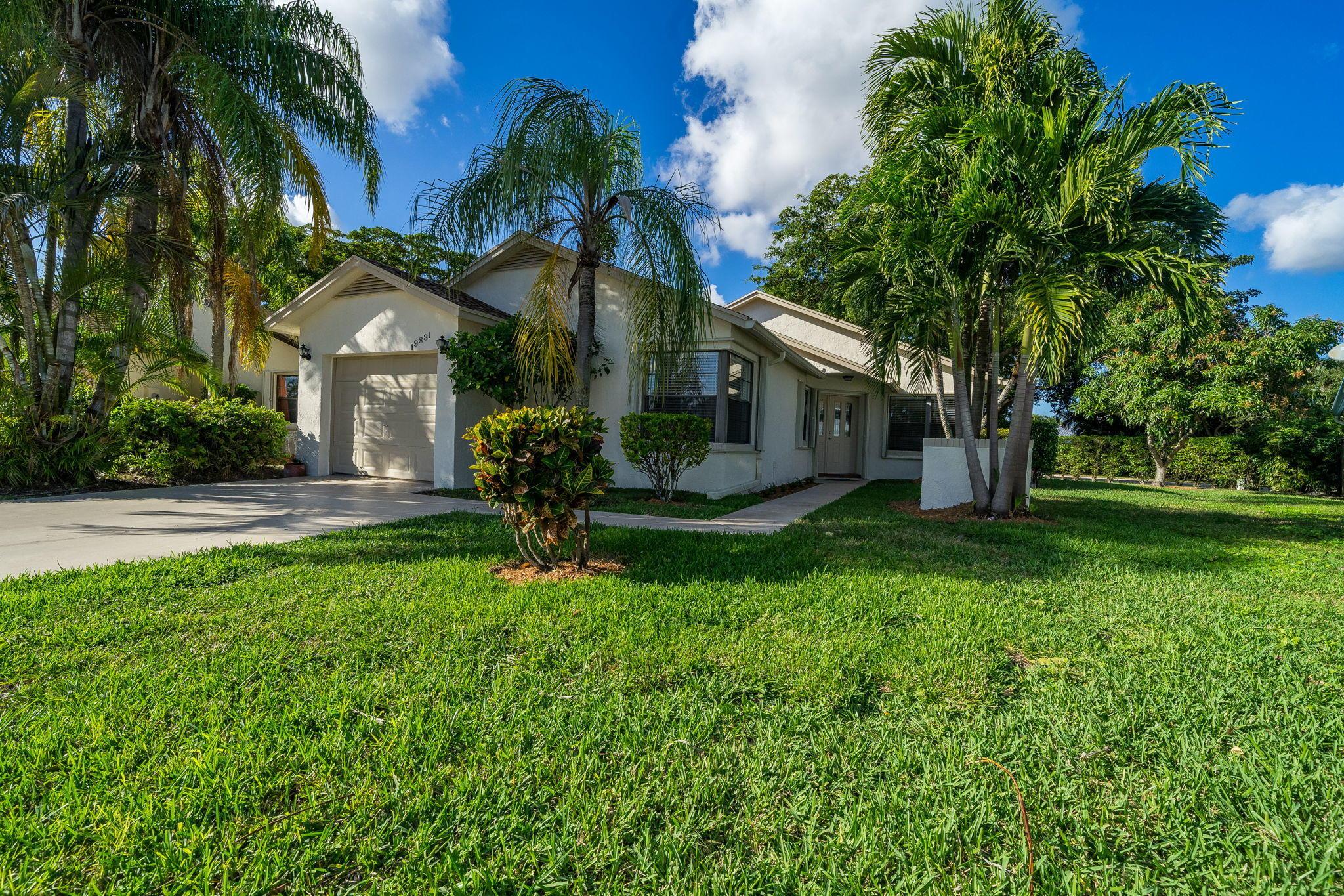 19881 Villa Medici Place  Boca Raton FL 33434