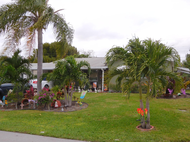 1125 Pine Tree Drive - Lantana, Florida