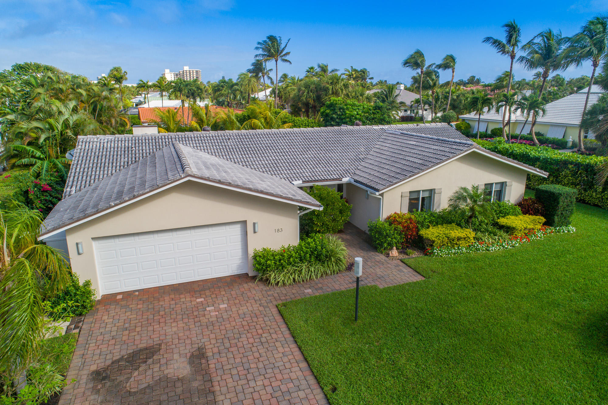 New Home for sale at 183 Beacon Lane in Jupiter Inlet Colony