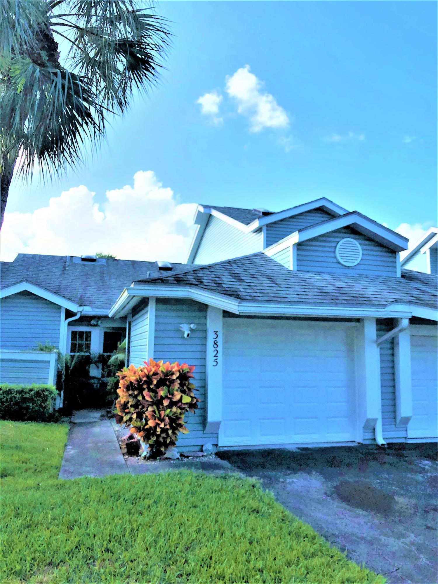 3825 Island Club Circle Lake Worth, FL 33462