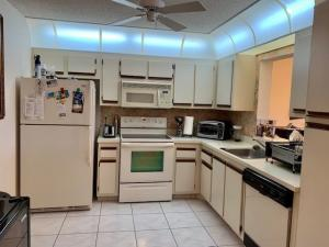 18800  Haywood Terrace 1 For Sale 10593619, FL