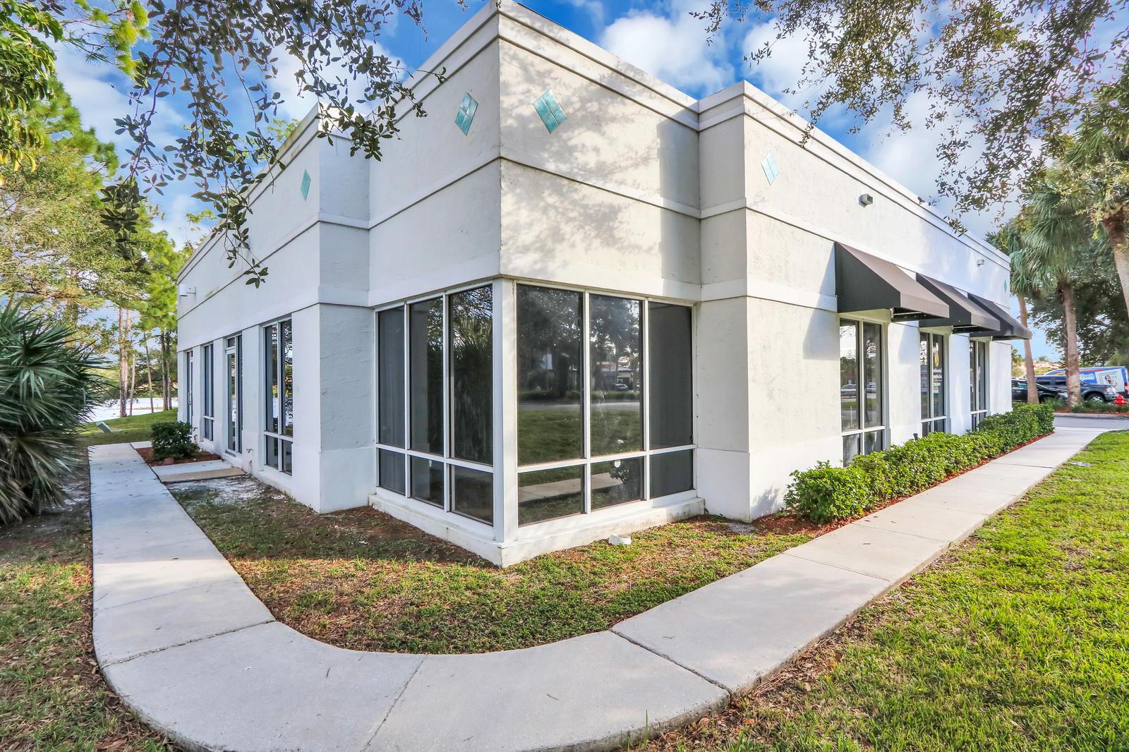 1402 Royal Palm Beach Boulevard 100a Royal Palm Beach, FL 33411 photo 26
