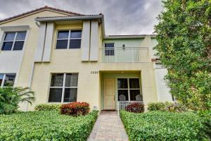 Centra Blue Lake Townhomes