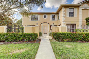 388  Prestwick Circle 2 For Sale 10594670, FL