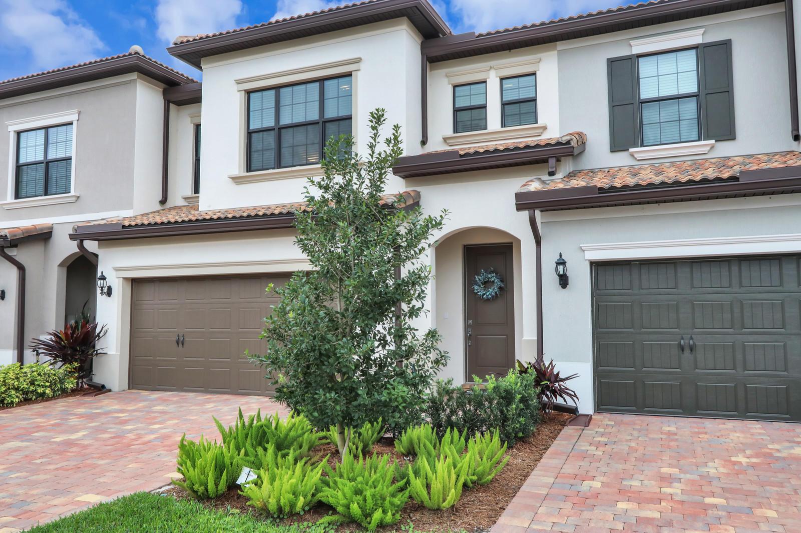 8333 Rearing Lane Lake Worth, FL 33467