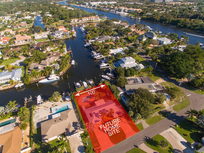 Home for sale in Maheu Estates Palm Beach Gardens Florida